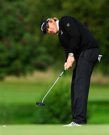 PARIS - SEPTEMBER 25:  Jarmo Sandelin of Sweden putting on the 15th hole during the third round of the Vivendi cup at Golf de Joyenval on September 25, 2010 in Chambourcy, near Paris, France.  (Photo by Stuart Franklin/Getty Images)