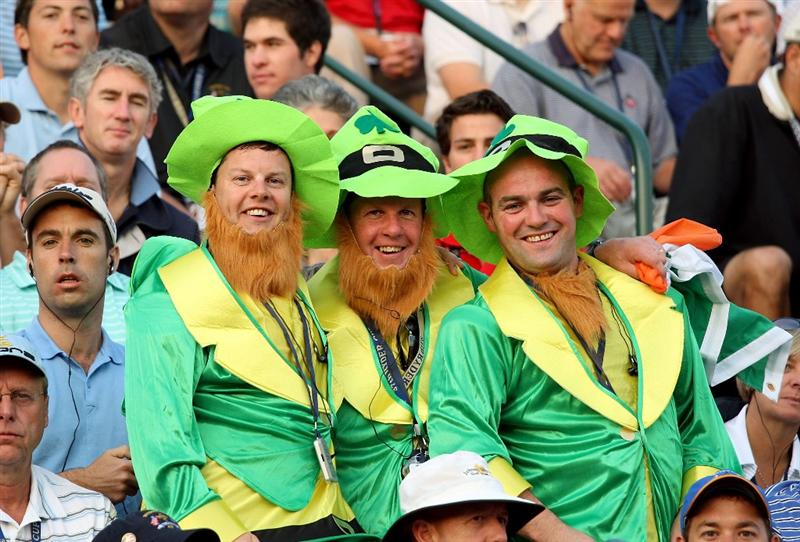 LOUISVILLE, KY - SEPTEMBER 19:  Irish golf fans watch the play on the first tee during the morning foursomes of day one of the 2008 Ryder Cup at Valhalla Golf Club on September 19, 2008 in Louisville, Kentucky.  (Photo by David Cannon/Getty Images)