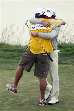 PEBBLE BEACH, CA - JUNE 20:  Graeme McDowell of Northern Ireland celebrates with his caddie Ken Comboy after making par on the 18th hole to win the 110th U.S. Open at Pebble Beach Golf Links on June 20, 2010 in Pebble Beach, California.  (Photo by Stephen Dunn/Getty Images)