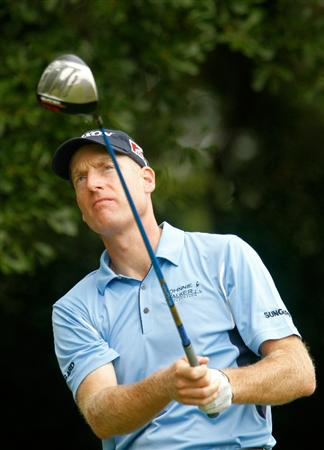 ATLANTA - SEPTEMBER 26:  Jim Furyk watches his tee shot on the third hole during the final round of THE TOUR Championship presented by Coca-Cola at East Lake Golf Club on September 26, 2010 in Atlanta, Georgia.  (Photo by Scott Halleran/Getty Images)