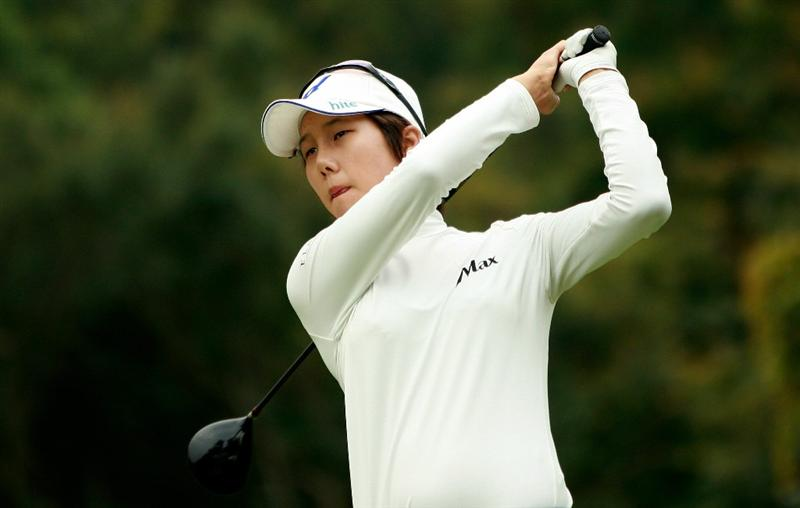 SHIMA, JAPAN - NOVEMBER 07:  Song-Hee Kim of South Korea plays a shot on the 3rd hole during the final round of the Mizuno Classic at Kintetsu Kashikojima Country Club on November 7, 2010 in Shima, Japan.  (Photo by Chung Sung-Jun/Getty Images)