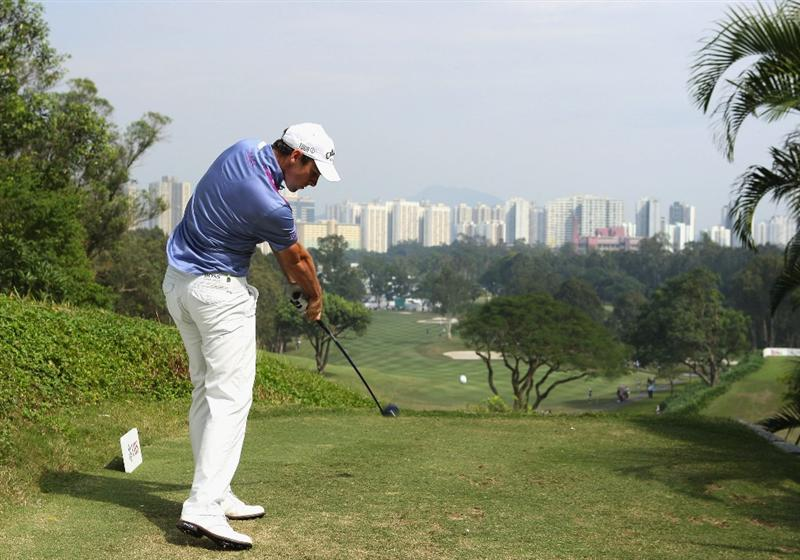 HONG KONG, CHINA - NOVEMBER 22:  Oliver Wilson of England plays his tee shot on the third hole during the third round of the UBS Hong Kong Open at the Hong Kong Golf Club on November 22, 2008 in Fanling, Hong Kong.  (Photo by Stuart Franklin/Getty Images)