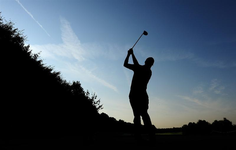 COLOGNE, GERMANY - SEPTEMBER 09:  Soren Hansen of Denmark plays his tee shot during the pro - am prior to The Mercedes-Benz Championship at The Gut Larchenhof Golf Club on September 9, 2009 in Pulheim, near Cologne, Germany.  (Photo by Stuart Franklin/Getty Images)