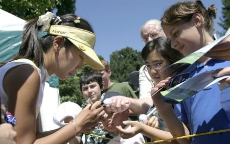 Soo-Yun Kang signs autographs during the second round of the 2005 Safeway Classic at Columbia Edgewater Country Club in Portland, Oregon on Saturday, August 20, 2005.Photo by Allan Campbell/WireImage.com