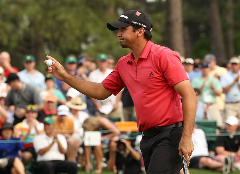 AUGUSTA, GA - APRIL 08:  Jason Day of Australia waves as he walks across the 18th green during the second round of the 2011 Masters Tournament at Augusta National Golf Club on April 8, 2011 in Augusta, Georgia.  (Photo by Andrew Redington/Getty Images)