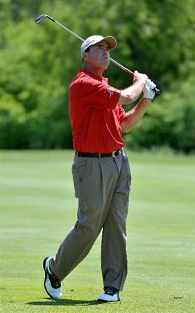 WEST DES MOINES, IA - MAY 30:  Olin Browne hits his approach shot into the 3rd hole during the second round of the Principal Charity Classic held at the Glen Oaks Country Club on May 30, 2009 in West Des Moines, Iowa.  (Photo by Marc Feldman/ Getty Images)