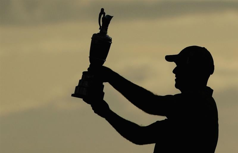 TURNBERRY, SCOTLAND - JULY 19:  Stewart Cink of USA holds the Claret Jug aloft after his victory in a play off against Tom Watson of USA  following the final round of the 138th Open Championship on the Ailsa Course, Turnberry Golf Club on July 19, 2009 in Turnberry, Scotland.  (Photo by Richard Heathcote/Getty Images)