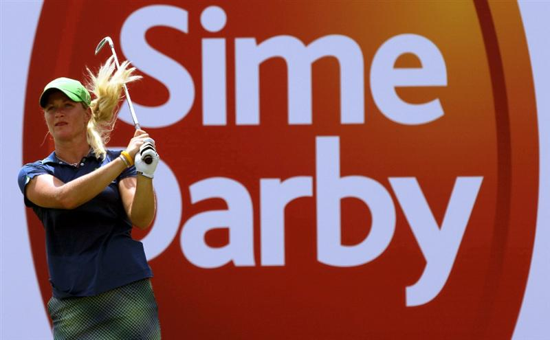 KUALA LUMPUR, MALAYSIA - OCTOBER 22 : Suzann Pettersen of Norway tees off on the 10th hole during Round One of the Sime Darby LPGA on October 22, 2010 at the Kuala Lumpur Golf and Country Club in Kuala Lumpur, Malaysia. (Photo by Stanley Chou/Getty Images)