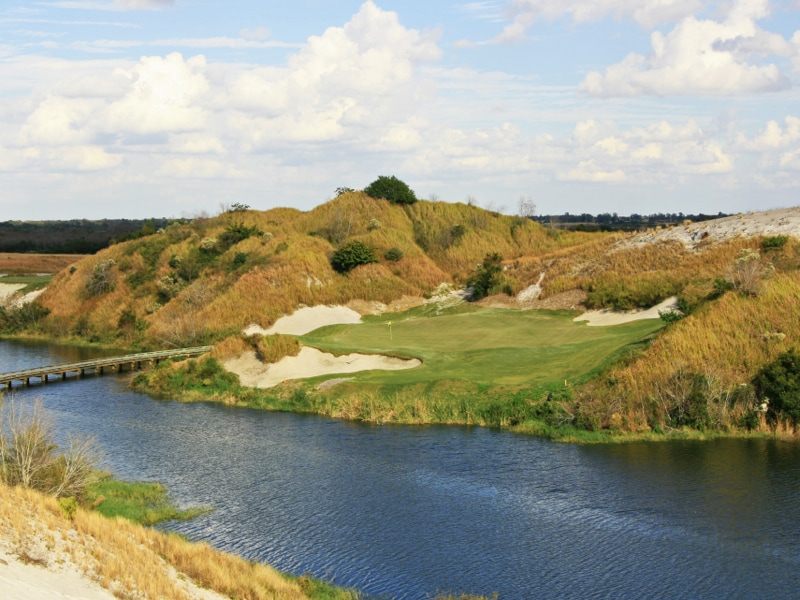 7th hole at Streamsong Blue