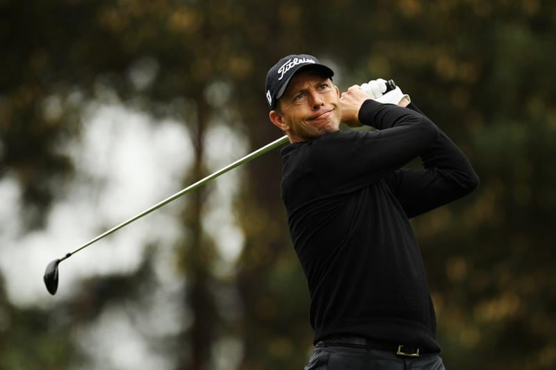 VIRGINIA WATER, ENGLAND - MAY 20:  Soren Hansen of Denmark plays his tee shot at the 7th hole during the first round of the BMW PGA Championship on the West Course at Wentworth on May 20, 2010 in Virginia Water, England.  (Photo by Ross Kinnaird/Getty Images)