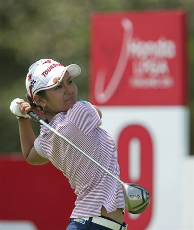 CHON BURI, THAILAND - FEBRUARY 19:  Ai Miyazato of Japan tees off on the 9th hole during day three of the LPGA Thailand at Siam Country Club on February 19, 2011 in Chon Buri, Thailand.  (Photo by Victor Fraile/Getty Images)