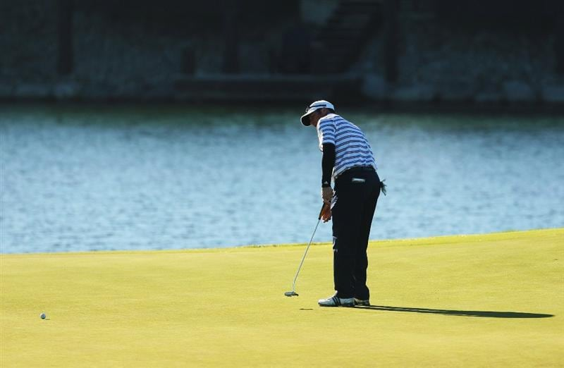 CHRISTCHURCH, NEW ZEALAND - MARCH 04: Jeff Gallagher of the USA putts on the 9th green during the New Zealand PGA Championship Pro-Am at the Clearwater Golf Club March 04, 2009 in Christchurch, New Zealand.  (Photo by Phil Walter/Getty Images)