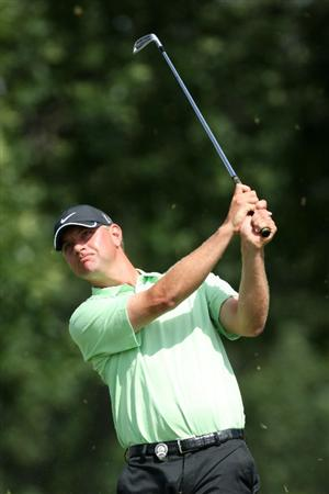 CHASKA, MN - AUGUST 16:  Lucas Glover hits his tee shot on the eighth hole during the final round of the 91st PGA Championship at Hazeltine National Golf Club on August 16, 2009 in Chaska, Minnesota.  (Photo by David Cannon/Getty Images)