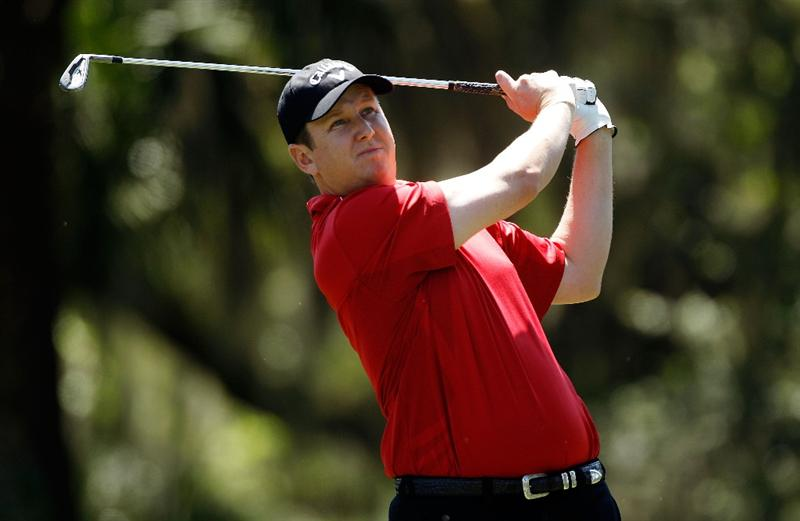 HILTON HEAD ISLAND, SC - APRIL 16:  J.J. Henry hits his tee shot on the 14th hole during the second round of the Verizon Heritage at the Harbour Town Golf Links on April 16, 2010 in Hilton Head lsland, South Carolina.  (Photo by Scott Halleran/Getty Images)
