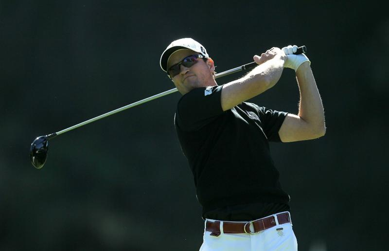 PACIFIC PALISADES, CA - FEBRUARY 20:  Zach Johnson hits his tee shot on the ninth hole during the final round of the Northern Trust Open at Riviera Country Club on February 20, 2011 in Pacific Palisades, California. (Photo by Stephen Dunn/Getty Images)