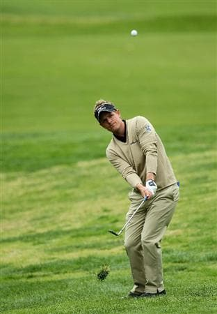 PACIFIC PALISADES, CA - FEBRUARY 18:  Luke Donald of England pitches to the green on the 11th hole during round two of the Northern Trust Open at Riviera Country Club on February 18, 2011 in Pacific Palisades, California.  (Photo by Stephen Dunn/Getty Images)