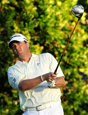 HONOLULU, HI - JANUARY 16:  Ryan Palmer plays a shot on the 18th hole during the third round of the Sony Open at Waialae Country Club on January 16, 2010 in Honolulu, Hawaii.  (Photo by Sam Greenwood/Getty Images)