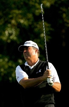 PALM HARBOR, FL - MARCH 6:  Kenny Perry watches his shot on the third hole during the first round of the PODS Championship at Innisbrook Resort and Golf Club March 6, 2008 in Palm Harbor, Florida.  (Photo by Sam Greenwood/Getty Images)
