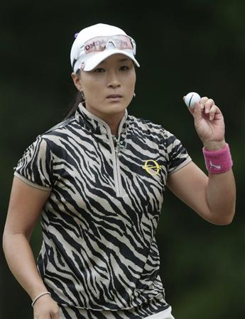 MOBILE, AL - MAY 15:  Se Ri Pak of South Korea waves after making a birdie on the second hole during third round play in the Bell Micro LPGA Classic at the Magnolia Grove Golf Course on May 15, 2010 in Mobile, Alabama.  (Photo by Dave Martin/Getty Images)