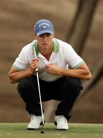 ABU DHABI, UNITED ARAB EMIRATES - JANUARY 21:  Alexander Noren of Sweden during the second round of the Abu Dhabi HSBC Golf Championship at the Abu Dhabi Golf Club on January 21, 2011 in Abu Dhabi, United Arab Emirates.  (Photo by Ross Kinnaird/Getty Images)