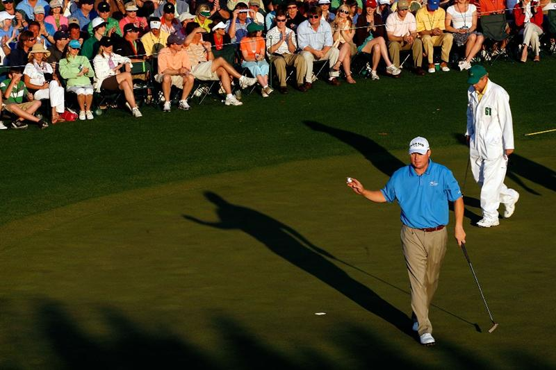 AUGUSTA, GA - APRIL 11:  Chad Campbell waves to the crowd on the 18th hole during the third round of the 2009 Masters Tournament at Augusta National Golf Club on April 11, 2009 in Augusta, Georgia.  (Photo by Jamie Squire/Getty Images)