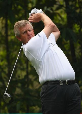 SHENZHEN, CHINA - NOVEMBER 26:  Colin Montgomerie of Scotland in action during the Pro - Am of the Omega Mission Hills World Cup at the Mission Hills Resort on November 26, 2008 in Shenzhen, China.  (Photo by Ian Walton/Getty Images)