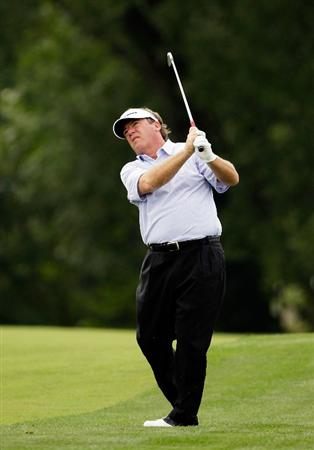 CARMEL, IN - JULY 30:  Joey Sindelar hits his 2nd shot on the 18th hole during the first round of the 2009 U.S. Senior Open at Crooked Stick Golf Club on July 30, 2009 in Carmel, Indiana. (Photo by Jamie Squire/Getty Images)