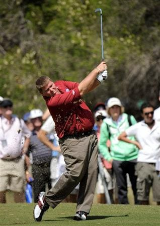 MELBOURNE, AUSTRALIA - NOVEMBER 27: John Daly of the USA plays a shot off the fairway during the first round of the 2008 Australian Masters at Huntingdale Golf Club on November 27, 2008 in Melbourne, Australia  (Photo by Robert Cianflone/Getty Images)