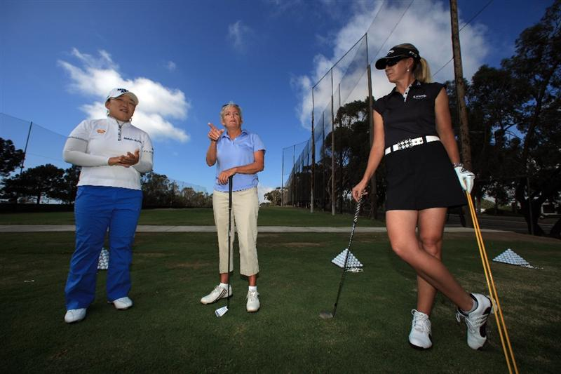 LA JOLLA, CA - SEPTEMBER 14: (L-R)  LPGA player Jiyai Shin of South Korea, Golf Pro Instructor Sheri Hayes and LPGA player Jill McGill speak during Fortune Magazine Clinic at the LPGA Samsung World Championship on September 14, 2009 at Torrey Pines Golf Course in La Jolla, California.  (Photo By Donald Miralle/Getty Images for the LPGA)