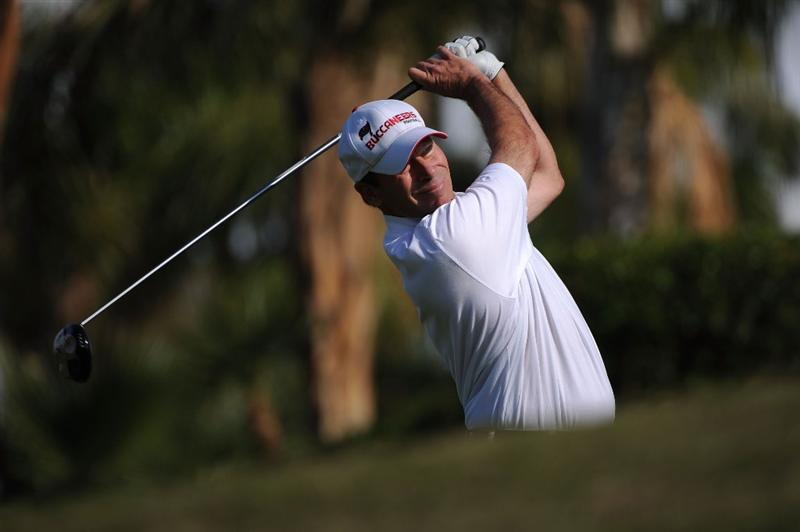 LA QUINTA, CA - DECEMBER 8: John Huston makes a tee shot during the final round of the 2008 PGA Tour Qualifying Tournament on December 8, 2008 at the PGA West Golf Club in La Quinta, California.  (Photo by Robert Laberge/Getty Images)