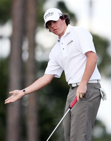 PALM BEACH GARDENS, FL - MARCH 05:  Rory McIlroy tries to coax in a birdie putt on eighth hole during the first round of The Honda Classic at PGA National Resort and Spa on March 5, 2009 in Palm Beach Gardens, Florida.  (Photo by Doug Benc/Getty Images)