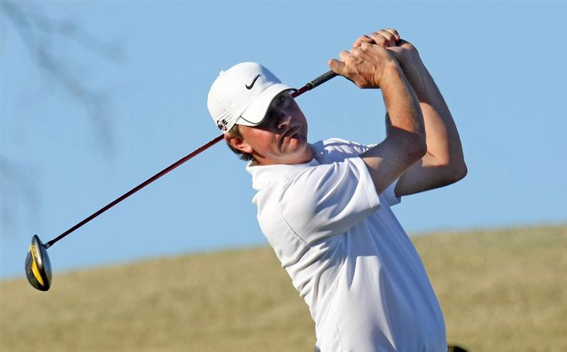 SCOTTSDALE, AZ - JANUARY 29:  Lucas Glover hits his tee shot on the eighth hole during the first round of the FBR Open on January 29, 2009 at TPC Scottsdale in Scottsdale, Arizona.  (Photo by Stephen Dunn/Getty Images)