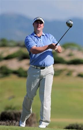 ESTORIL, PORTUGAL - APRIL 03: Chris Doak of Scotland plays his tee shot on the sixth hole during the second round of The Estoril Open de Portugal The Oitavos Dunes Golf Course on April 3, 2009 in Cascais, Portugal.  (Photo by Stuart Franklin/Getty Images)