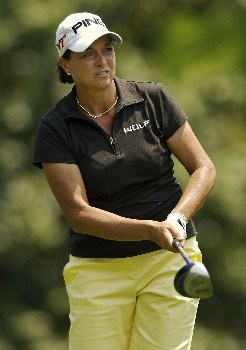 WILLIAMSBURG, VA - MAY 12:  Sherri Steinhauer hits her tee shot at the 7th hole in Round 3 of the LPGA Michelob ULTRA Open at Kingsmill on May 12, 2007, in Williamsburg, Virginia.  (Photo by Jonathan Ernst/Getty Images)