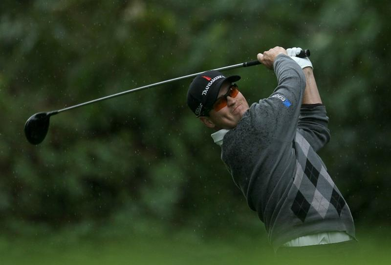 PACIFIC PALISADES, CA - FEBRUARY 18:  Zach Johnson hits his tee shot on the 12th hole during round two of the Northern Trust Open at Riviera Country Club on February 18, 2011 in Pacific Palisades, California. (Photo by Stephen Dunn/Getty Images)