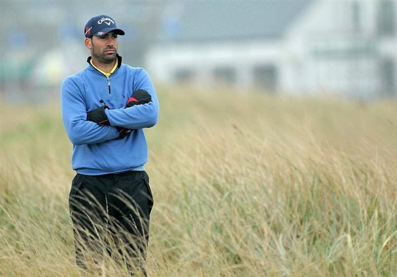CARNOUSTIE, SCOTLAND - OCTOBER 09:  Alvaro Quiros of Spain on the second hole during the third round of The Alfred Dunhill Links Championship at the Carnoustie Golf Links on October 9, 2010 in Carnoustie, Scotland.  (Photo by David Cannon/Getty Images)