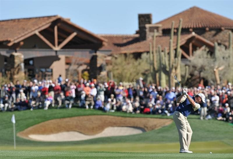 MARANA, AZ - FEBRUARY 24:  Lee Westwood of England plays his approach shot on the 18th hole during the second round of the Accenture Match Play Championship at the Ritz-Carlton Golf Club on February 24, 2011 in Marana, Arizona.  (Photo by Stuart Franklin/Getty Images)