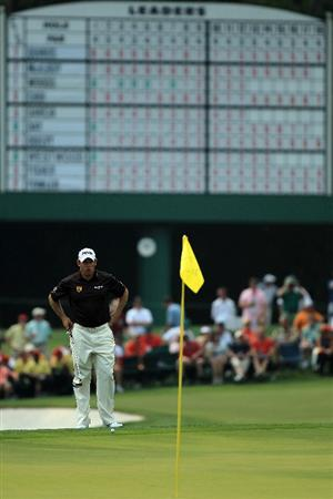 AUGUSTA, GA - APRIL 08:  Lee Westwood of England lines up a putt on the 15th green during the second round of the 2011 Masters Tournament at Augusta National Golf Club on April 8, 2011 in Augusta, Georgia.  (Photo by David Cannon/Getty Images)