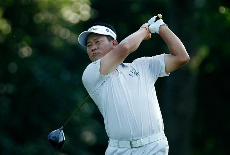 FT. WORTH, TX - MAY 27:  K.J. Choi of South Korea watches his tee shot on the 12th hole during the first round of the 2010 Crowne Plaza Invitational at the Colonial Country Club on May 27, 2010 in Ft. Worth, Texas  (Photo by Scott Halleran/Getty Images)
