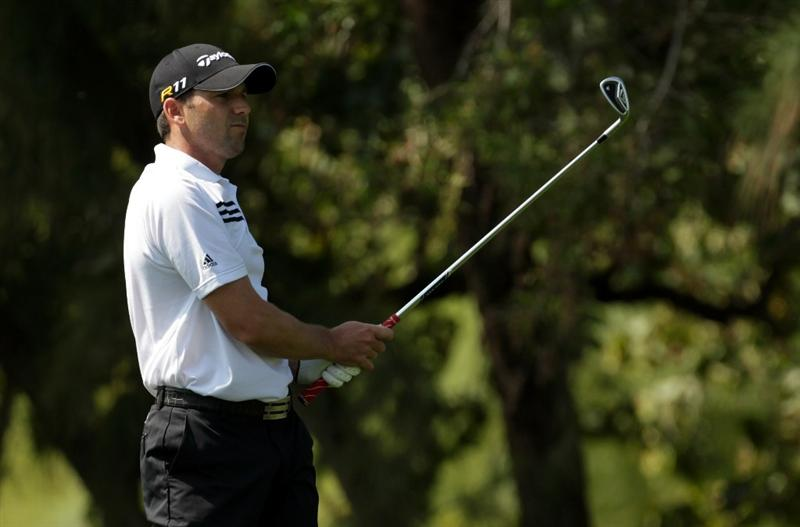 DUBAI, UNITED ARAB EMIRATES - FEBRUARY 11:  Sergio Garcia of Spain during the second round the Omega Dubai Desert Classic on the Majlis course at the Emirates Golf Club on February 11, 2011 in Dubai, United Arab Emirates.  (Photo by Ross Kinnaird/Getty Images)