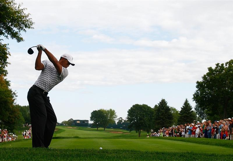 CHASKA, MN - AUGUST 10:  Tiger Woods hits a shot during a practice round prior to the start of the 91st PGA Championship at the Hazeltine Golf Club on August 10, 2009 in Chaska, Minnesota.  (Photo by Scott Halleran/Getty Images)