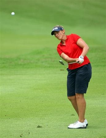 SINGAPORE - MARCH 07:  Angela Stanford of the USA plays a chip shot on the 16th hole during the third round of the HSBC Women's Champions at Tanah Merah Country Club on March 7, 2009 in Singapore.  (Photo by Andrew Redington/Getty Images)