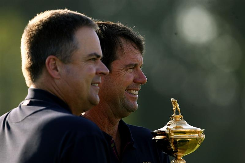 LOUISVILLE, KY - SEPTEMBER 17:  Kenny Perry of the USA team poses with team captain Paul Azinger during the USA team photo shoot prior to the 2008 Ryder Cup at Valhalla Golf Club on September 17, 2008 in Louisville, Kentucky.  (Photo by Andy Lyons/Getty Images)