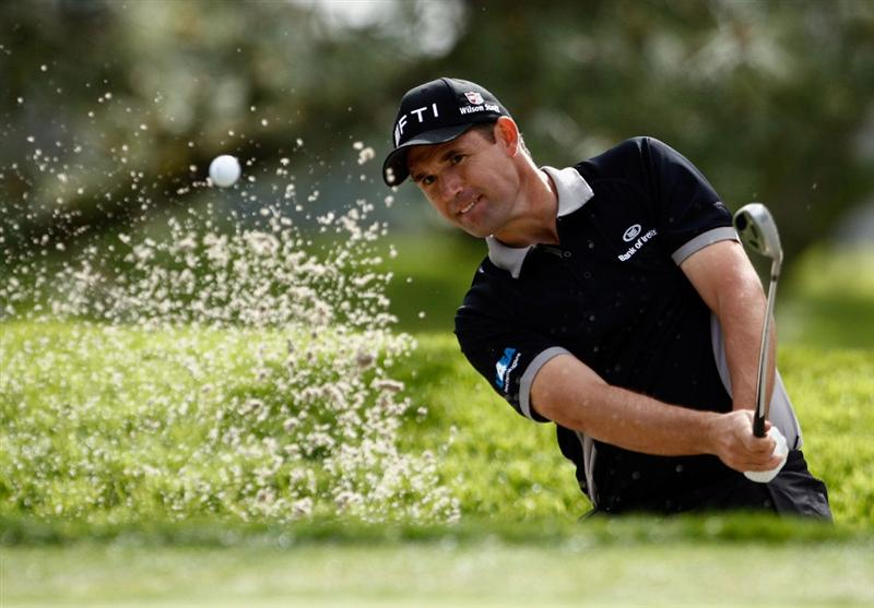 LA JOLLA, CA - FEBRUARY 06:  Padraig Harrington of Ireland hits a bunker shot to the first green during the second round of the Buick Invitational at the Torrey Pines Golf Course on February 6, 2009 in La Jolla, California.  (Photo by Jeff Gross/Getty Images)