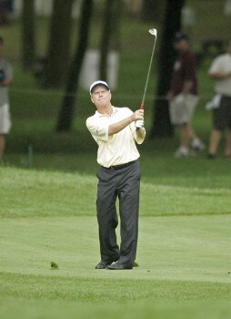 2005 US Bank Championship-Round 1: Jeff Sluman chips in for eagle on the 18th hole during the 1st round of the  2005 US Bank Championship at Brown Deer Park in Milwaukee, Wisconsin on July 21, 2005.Photo by Mike Ehrmann/WireImage.com