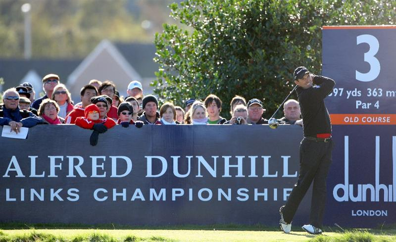 ST. ANDREWS, UNITED KINGDOM - OCTOBER 05: Padriag Harrington of Ireland drives off the third tee during the final round of The Alfred Dunhill Links Championship at The Old Course on October 5, 2008 in St.Andrews, Scotland. (Photo by Andrew Redington/Getty Images)