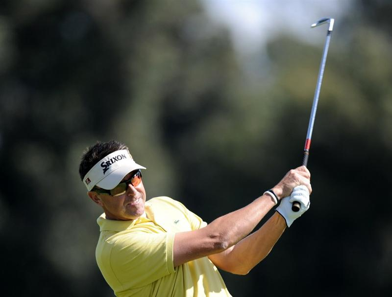 PACIFIC PALISADES, CA - FEBRUARY 19:  Robert Allenby of Australia watches his second shot on the third hole during the third round of the Northern Trust Open at the Riviera Contry Club on February 19, 2011 in Pacific Palisades, California.  (Photo by Harry How/Getty Images)
