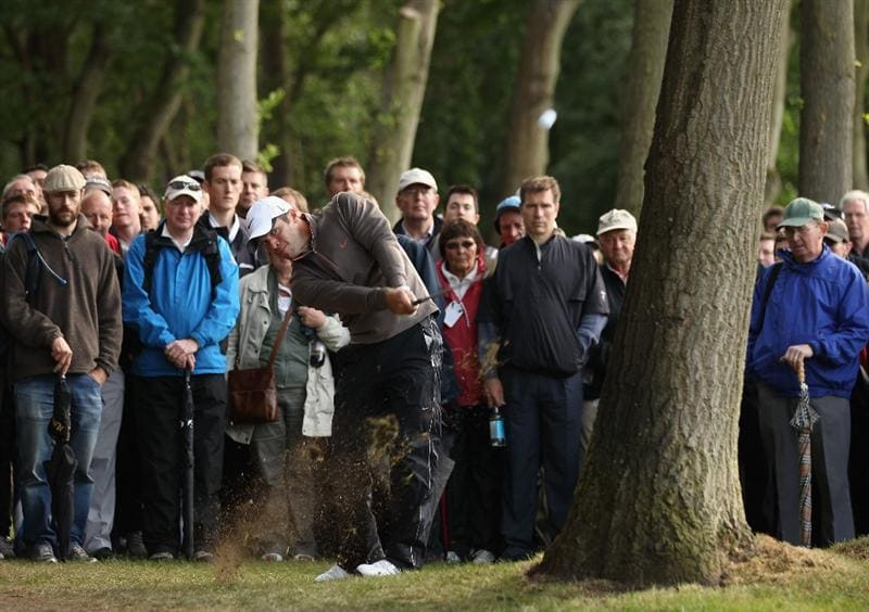 VIRGINIA WATER, ENGLAND - MAY 26:  Paul Casey plays his second shot on the 16th hole during the first round of the BMW PGA Championship at Wentworth Club on May 26, 2011 in Virginia Water, England.  (Photo by Ian Walton/Getty Images)