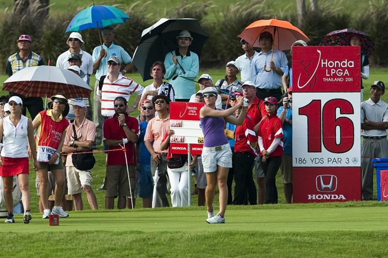 CHON BURI, THAILAND - FEBRUARY 17:  Vicky Hurst of USA tees off on the 16th hole during day one of the LPGA Thailand at Siam Country Club on February 17, 2011 in Chon Buri, Thailand.  (Photo by Victor Fraile/Getty Images)