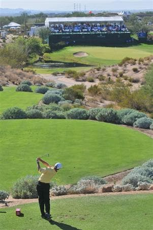SCOTTSDALE AZ - OCTOBER 25: Kevin Sutherland tees off the par three 16th hole during the third round of  the Fry's.Com Open held at Grayhawk Golf Club on October 25, 2008 in Scottsdale, Arizona. (Photo by Marc Feldman/Getty Images)